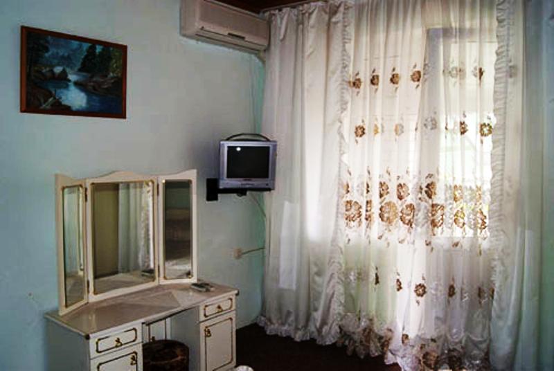 """""""Орел"""" гостевой дом в Джемете"""