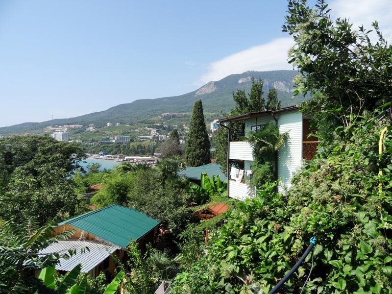 Gurzuf resort village (hurzuf), southern coast of crimea, greater yalta (big yalta, grand yalta)