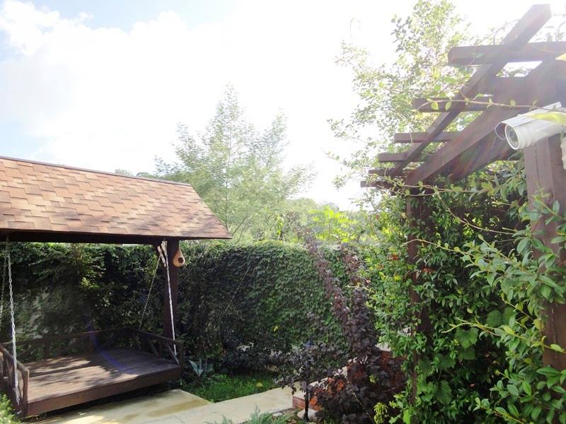 """""""Мандарин"""" гостевой дом в Лоо"""